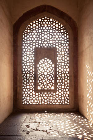 mughal architecture: Architecture details of Humayun Tomb, Delhi, India