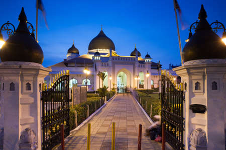 Georgetown, Malaysia - 04 August, 2014: The view of Kapitan Keling Mosque after sunset in Georgetown, Penang, Malaysia on 04 August, 2014. Stock Photo - 38715652