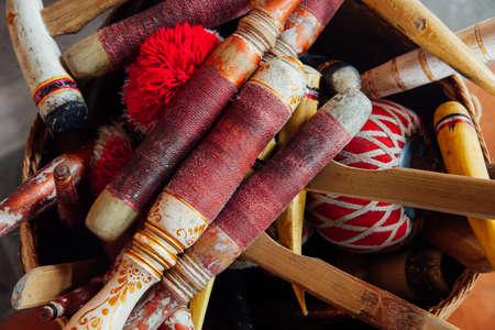 """Традиционные балийские ударные инструменты музыкальные инструменты для """"Gamelan"""" Ансамбль музыки, Убуд, Бали, Индонезия. Фото со стока - 59784885"""