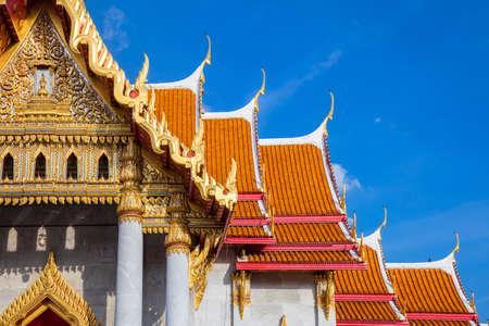 Wat Benchamabophit также известный как мраморный храм на закате в Бангкоке, Таиланд.