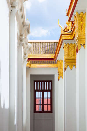 Bangkok, Thailand - September 10, 2016: Architectural details of Wat Benchamabophit also known as Marble Temple on Septemper 10, 2016 in Bangkok, Thailand. Редакционное