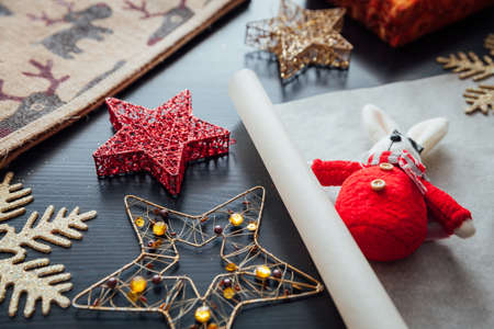 Christmas holiday decorations prepared for gift packing Фото со стока - 90062620