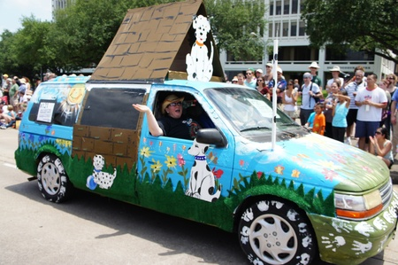 waugh: Houston, Texas - Sunday 22nd May 2011: 2011 Houston Art Car Parade sponsored by The Orange Show at Allen Parkway, from Bagby to Waugh Editorial