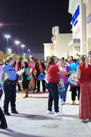 "Houston, Texas - Nov 23 2012    TOYS""R""US® TO KICK OFF ITS BIGGEST BLACK FRIDAY EVENT AT 8PM ON THANKSGIVING NIGHT WITH MORE THAN 200 INCREDIBLE DOORBUSTERS"