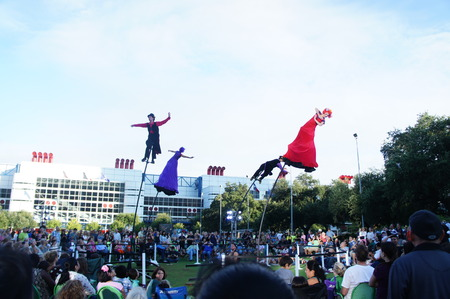 Houston, Texas - Sep 20 - Sep 22 2013   Australia's Strange Fruit brings theater, dance and the circus to the Jones Lawn, Discovery Green