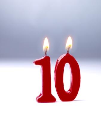 numero diez: Velas de cumplea�os n�mero 10 que muestran Foto de archivo