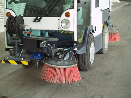 clean street: Street sweeper. Front view.