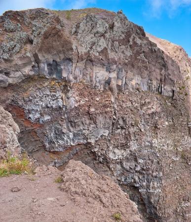 crater highlands: las capas de minerales camas en Vesuvius crater, Italia Foto de archivo