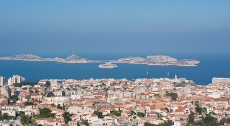 alexandre duma: The Chateau DIf and neighboring offshore islands seen from Marseille.