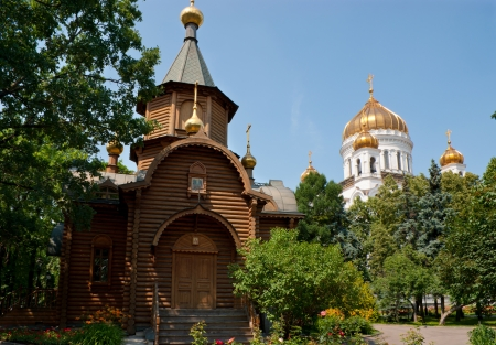saviour: Chapel of the icon Majestic of the Holy Mother with the Cathedral of Christ the Saviour on the background, Moscow, Russia Stock Photo