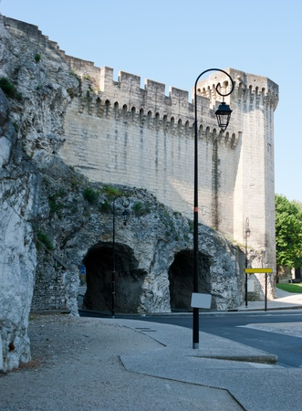 rampart: Two tonnels for cars are made in the medieval rampart of Avignon.