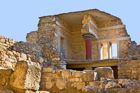 ancient greece: The ancient complex of Knossos Palace is the famous archaeological site on Crete, Greece.