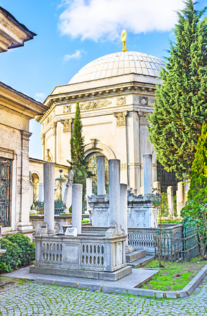 divan: The historic Sultan Mahmud II Mausoleum and Cemetery, located at Divan Yolu street, Istanbul, Turkey. Stock Photo