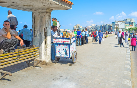 nabi: ALEXANDRIA, EGYPT - OCTOBER 11, 2014: The mediterranean promenade is the favorite tourist place in the city, on October 11 in Alexandria. Editorial