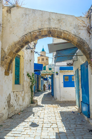 struts: BIZERTE, TUNISIA - SEPTEMBER 4, 2015: The houses of Medina are too old and need the struts to stand straight, on September 4 in Bizerte. Editorial