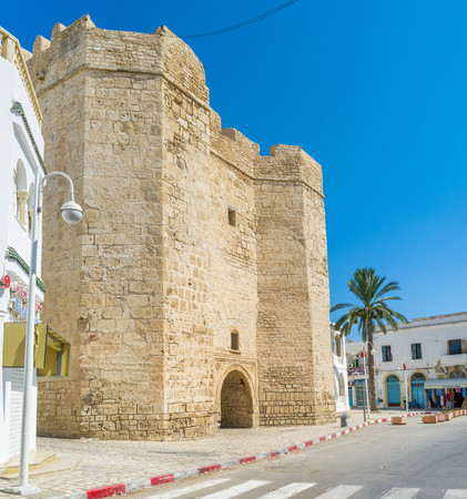 rampart: MAHDIA, TUNISIA - AUGUST 29, 2015: The old Skifa Kahla Gates are the only preserved part of the medieval rampart, surrounding Medina, on August 29 in Mahdia
