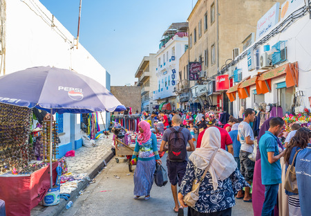 souq: SOUSSE, TUNISIA - AUGUST 29, 2015: Morning is the best time for the shopping at the local market, on August 29 in Sousse. Editorial
