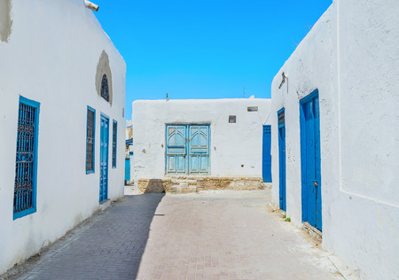 notable: Kairouan is the best place to enjoy the notable landmarks and traditional white housing of all arabic towns, Tunisia.