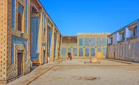 harem: KHIVA, UZBEKISTAN, MAY 3, 2015: The harem courtyard of Tosh Hovli (or Tash Hauli) Palace, decorated with screens of the glazed tile, on May 3 in Khiva. Editorial