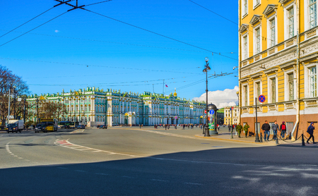 bartolomeo rastrelli: Saint Petersburg - April 24, 2015: The view on the  Winter Palace from the Nevsky Prospect - the main street of the city, on April 24 in Saint Petersburg.