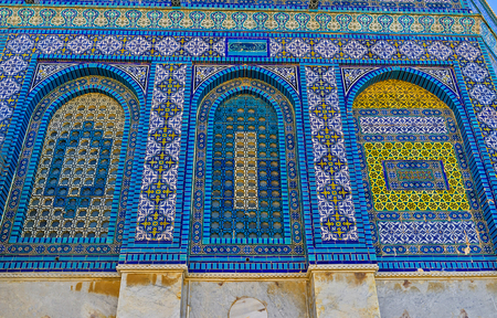 jerusalem: All the windows of the Dome of the Rock are covered with lacy arabic screens, made of ceramic tiles, Jerusalem, Israel.