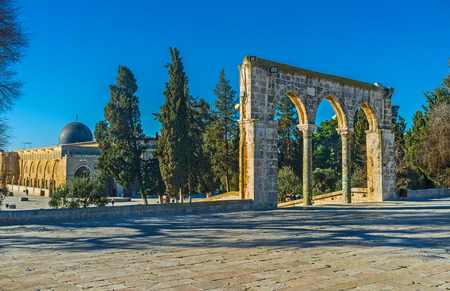 jerusalem: The medieval colonnade, known as the Scales of Souls with the dome of Al-Aqsa Mosque on the background, Jerusalem, Israel.