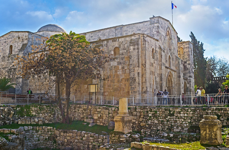 jerusalem: JERUSALEM, ISRAEL - FEBRUARY 16, 2016: The cultural layer of the Byzantine Temple is much lower than the St Annes Church, preserved since the early Crusader period, on February 16 in Jerusalem, Israel.