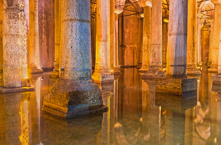 aljibe: ISTANBUL, TURKEY - JANUARY 21, 2015: The   Basilica Cistern was the largest in city underground waterproof chamber to holding water for the public uses, on January 21 in Istanbul.