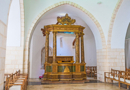 synagogues: JERUSALEM, ISRAEL - FEBRUARY 18, 2016: The Istanbuli Synagogue (Four Sephardic Synagogues complex) is used for the inauguration of the Sephardic Chief Rabbi of Israel, on February 18 in Jerusalem.