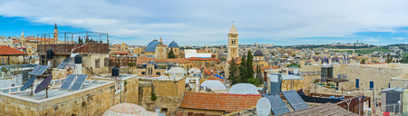 synagogues: The roofs of residential houses in old Jerusalem are the great viewpoints, overlooking churches, mosques and synagogues of the city, Israel.
