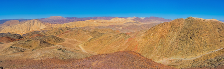 masiv: The Zefahot Mount is the best viewpoint to enjoy the colors of the Eilat mountains and beauty of the local landscapes, Israel.