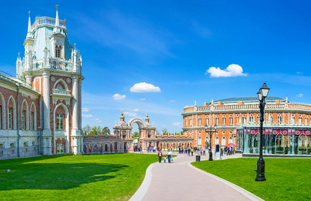 kitchen island: MOSCOW, RUSSIA - MAY 10, 2015: The covered gallery with decorated arch connects the Grand Palace and Kitchen Quarters (Bread House) of Tsaritsyno Royal Estate, on May 10 in Moscow.