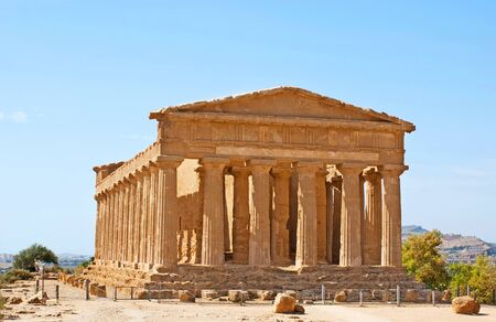 concordia: The Concordia Temple is the visit card of Valley of the Temples, archaeological site in Agrigento, Sicily, Italy.