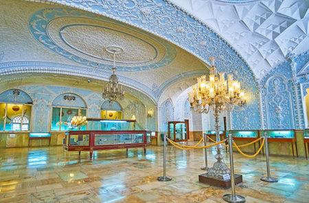 テヘラン, イラン-10 月 11, 2017: Muz-e Makhsus, また、特別博物館や贈り物の博物館と呼ばれる, テヘランで10月11日に外国によってペルシャの Shahs に提示 報道画像