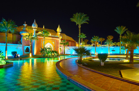 SHARM EL SHEIKH, EGYPT- DECEMBER 15, 2017: Fantasia Palace (1001 nights palace) is the best place to spend the evening - walk in local garden, visit show and have a dinner, on December 15 in Sharm El Sheikh. Banco de Imagens - 93673480