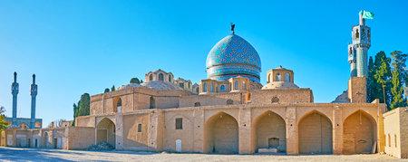 Panoramic view of medieval Shah Nematollah Vali Shrine, the main religious landmark of Mahan, Iran 에디토리얼
