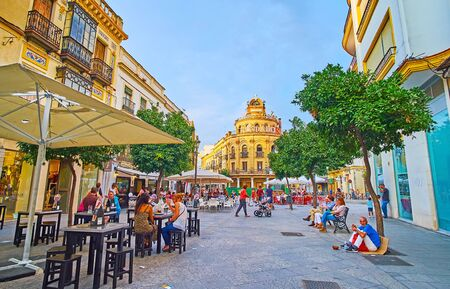JEREZ, SPAIN - SEPTEMBER 20, 2019: Calle Lanceria street is one of the popular tourist locations with many cafes, stores, bars and landmarks, such as Bodegas Fundador winery, on September 20 in Jerez Editoriali