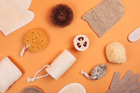 Different types of zero waste sponges for body care. Concept of eco friendly supplies for self-care. Flat lay style. Фото со стока - 135364691