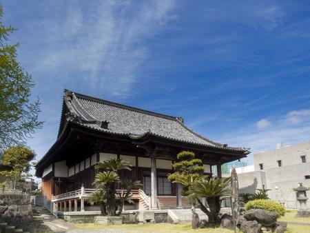 unidentified: NAGASAKI JAP�N 07 de abril 2015: no identificados templo jap�n en Nagasaki