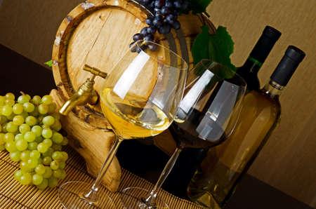 Wine stillife on the table. Stock Photo - 12322468