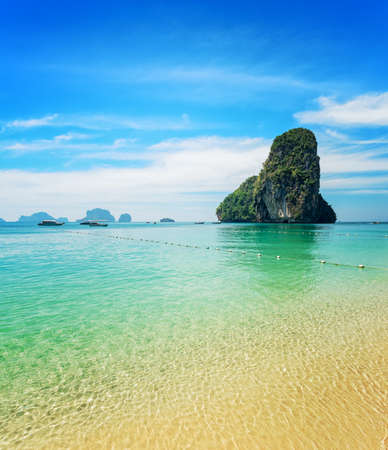 phra nang: Clear water and blue sky. Phra Nang beach, Thailand.