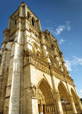 notre dame de paris: The western facade of the Cathedral of Notre Dame de Paris in France.