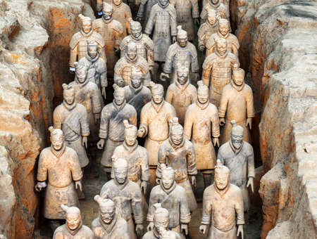 mausoleum: XIAN, SHAANXI PROVINCE, CHINA - OCTOBER 28, 2015: View of corridor with terracotta infantrymen of the famous Terracotta Army inside the Qin Shi Huang Mausoleum of the First Emperor of China.
