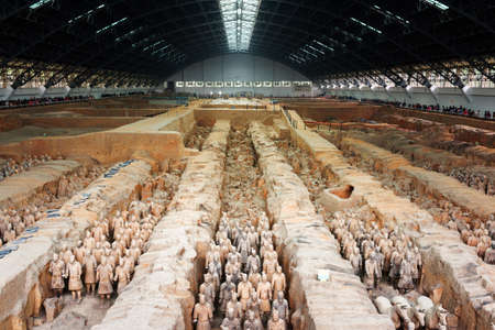 terra cotta: XIAN, SHAANXI PROVINCE, CHINA - OCTOBER 28, 2015: Main view of the famous Terracotta Army (Terracotta Warriors and Horses), the Qin Shi Huang Mausoleum of the First Emperor of China.