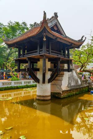 Hanoi, Vietnam - April 19, 2019: View of the One Pillar Pagoda. The historic Buddhist temple is a popular tourist destination of Asia. Editöryel