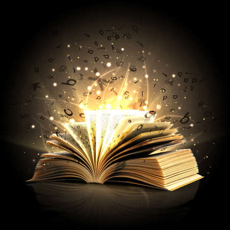 magie: Ouvert livre magique avec des lumi�res magiques Banque d'images