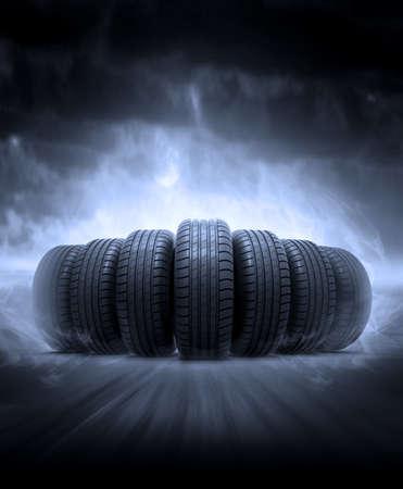 車両タイヤ