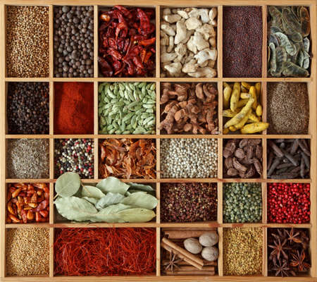 spices: Spices in wooden box