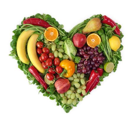 saludable: Coraz�n de frutas y verduras