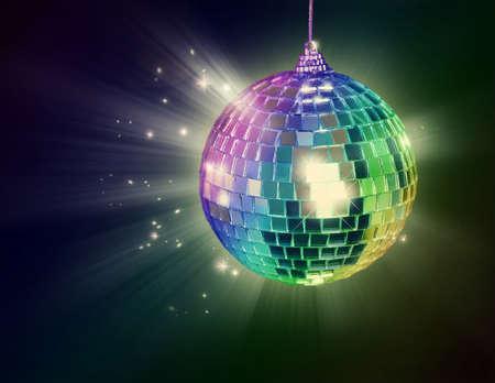 fiestas discoteca: Bola de discoteca sobre fondo negro